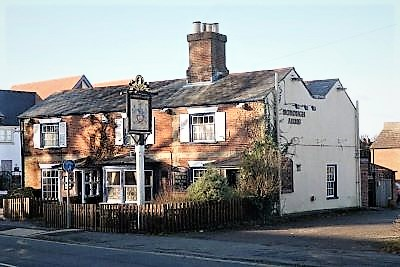 Borough Arms Pub, Grill & Carvery
