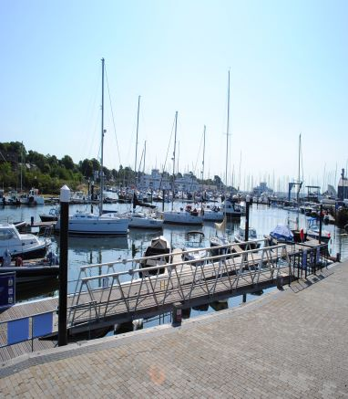 GUIDANCE FOR VISITORS TO LYMINGTON HARBOUR COMMISSIONERS MOORINGS FROM 4th JULY 2020